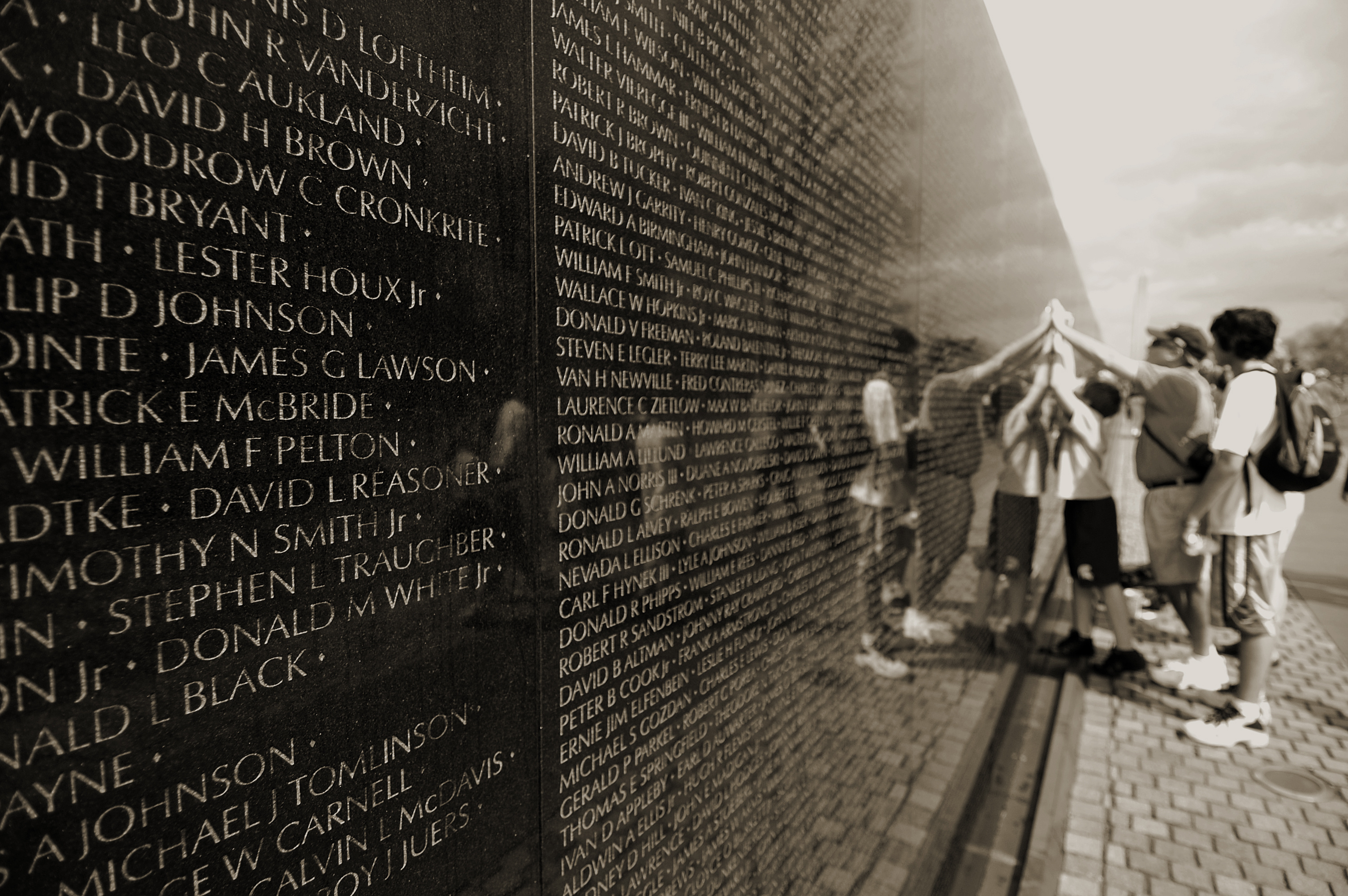 the emotional and psychological effects of the vietnam war on us veterans Funding provided by the us department of veteran affairs  vietnam veterans  at the end of life have often struggled with mental health, addiction or.