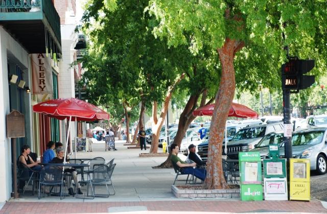 broad-street-sidewalk